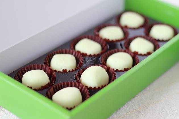 ホワイトレアチョコレート ナイアガラ