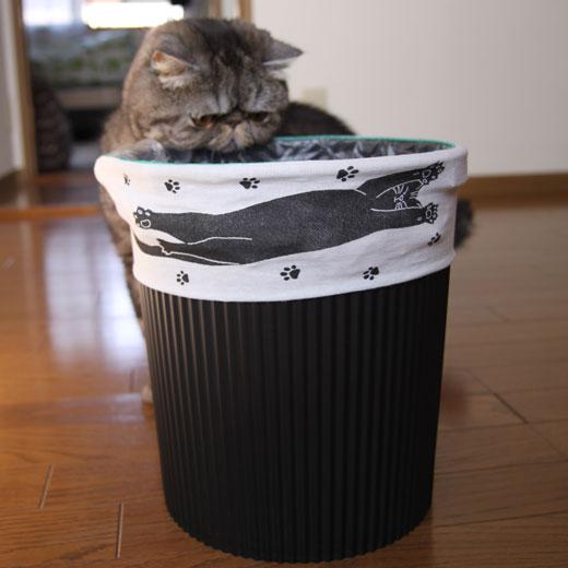 フェリシモ ゴミ箱バンドネコバージョン