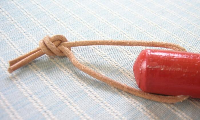 レデッカー赤い柄のホウキ