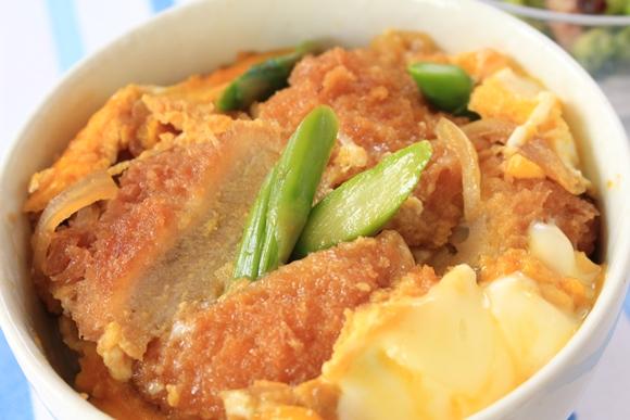 ローソンフレッシュ 10分手料理キット ヒレカツ丼